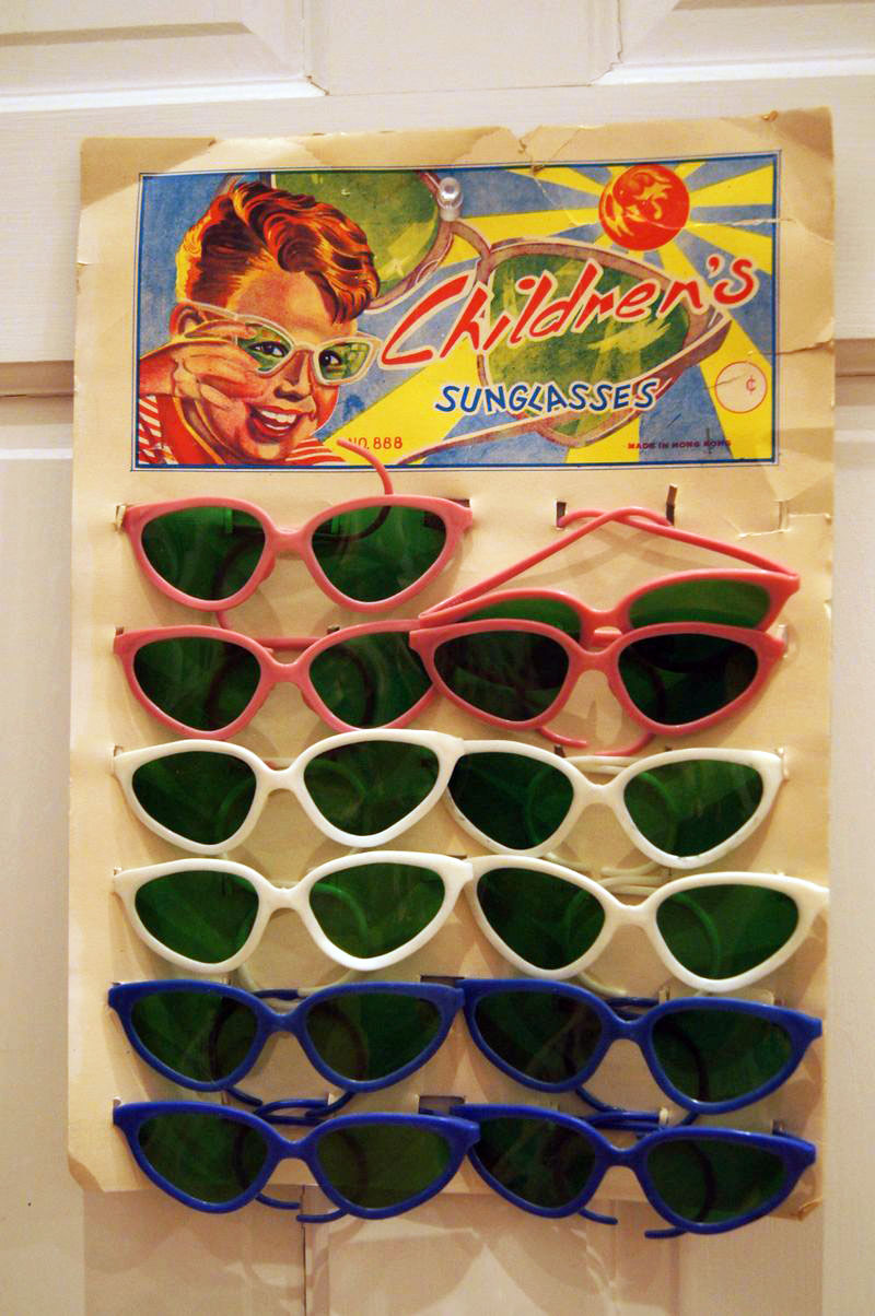 GlassesCard